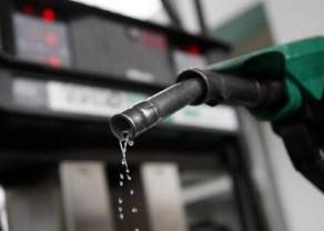 petrol1-reuters-small-1.jpg